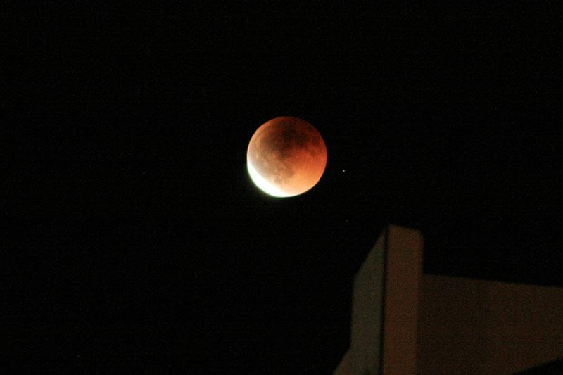 07.08皆既月食3