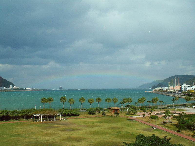 07.01名瀬湾に架かる虹