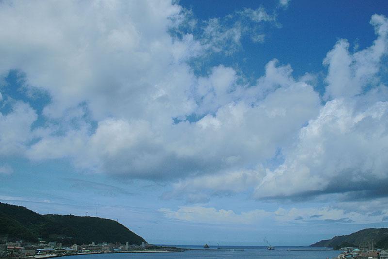 07.06梅雨明け直前の名瀬湾1
