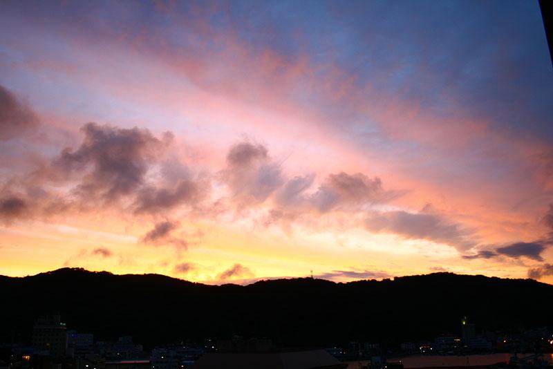 07.06梅雨明け前の夕焼け2
